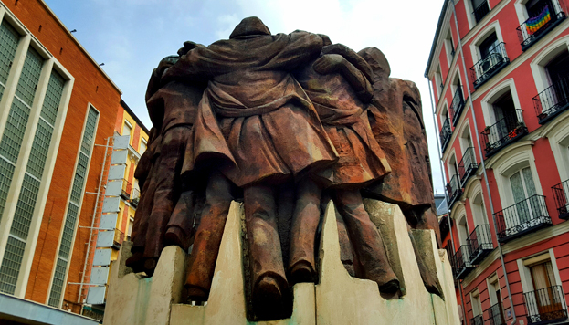 The Statue of Hugs