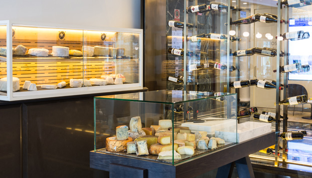Without a doubt, cheese is the star attraction at Tablafina.