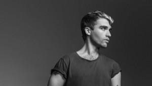 Chris_Garneau_Portrait_(c) Matthew Placek (1)