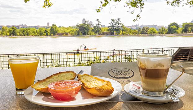 Café del Lago (© Álvaro López del Cerro).