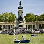 Picnic en las barcas de El Retiro (Foto: Madrid Destino)