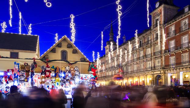 Mercadillo de Navidad de la Plaza Mayor (©Paolo Giocoso, MD)