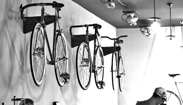 Si quieres moverte en bici por Madrid, Dale Pedales es tu tienda