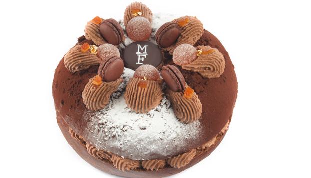 Roscón de cacao con ganache ligero de chocolate negro y dados de naranja confitada de Mamá Framboise