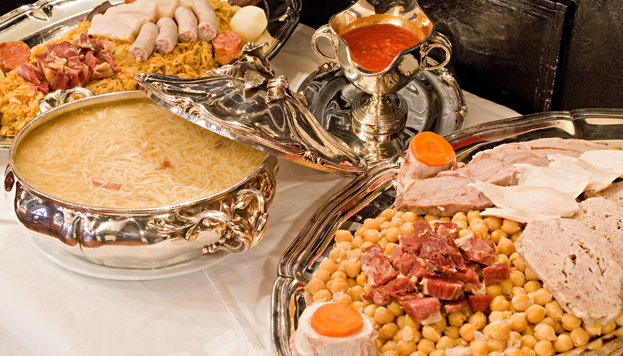 Inaugurado en 1839, el restaurante Lhardy es un clásico de Madrid. También, su cocido (©MD)
