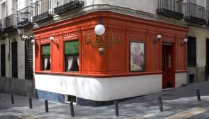 Si hay un cocido típico en Madrid ese es el de la Taberna La Bola.