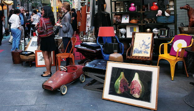 El Barrio de las Letras es uno de los lugares más activos de Madrid, con propuestas al aire libre todo el año.