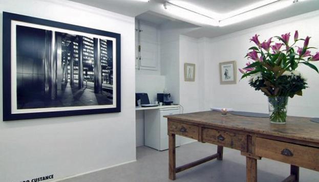 La Fresh Gallery, en la calle Conde de Aranda, es una de las galerías de arte más modernas de la ciudad.