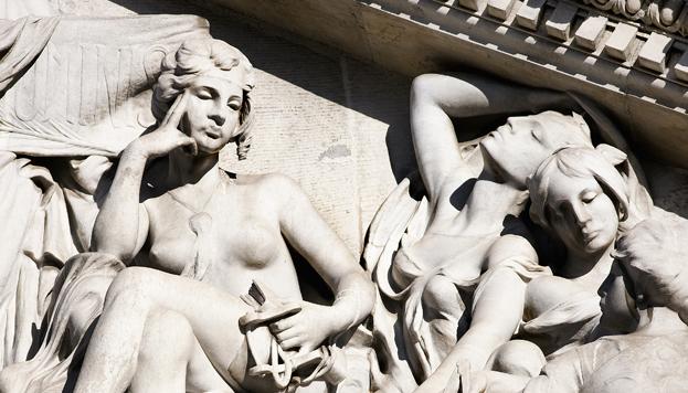 Detalle de las Musas en el frontón de la Biblioteca Nacional (©José Barea, MD).