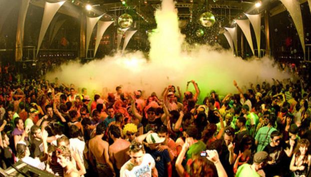 Goa es una macrofiesta de color y sonido que este año celebra su 20º aniversario.