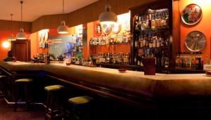 Para tomarse un cóctel lleno de glamour no hay ningún lugar mejor que  el Jose Alfredo.