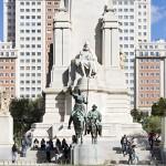 Quijote y Sancho en la plaza de España