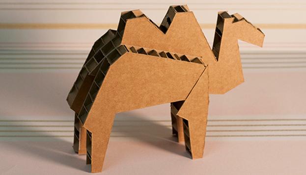 Animales de cartón o de madera. Esta es la divertida propuesta de Arca de Pallet.