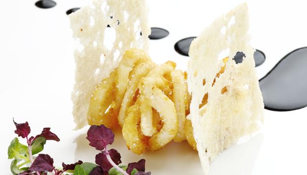 Así de moderno es el bocata de calamares que prepara Sergi Arola (©José Barea, MD).