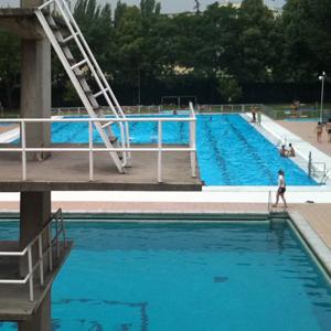 Todos a la piscina bloggin 39 madrid blog de turismo for Piscinas nudistas en madrid