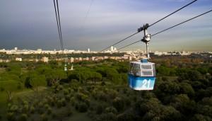 El teleférico que surca el cielo de Madrid fue inaugurado en el año 1969.