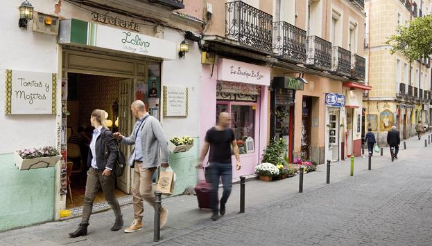 Malasaña tiene un punto de barrio castizo, pero con bares hipsters (©José Barea, MD).