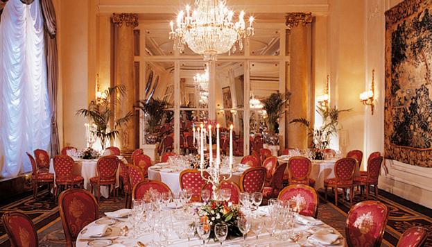 Disfrutar de la Nochebuena en el Hotel Ritz puede ser toda una experiencia.