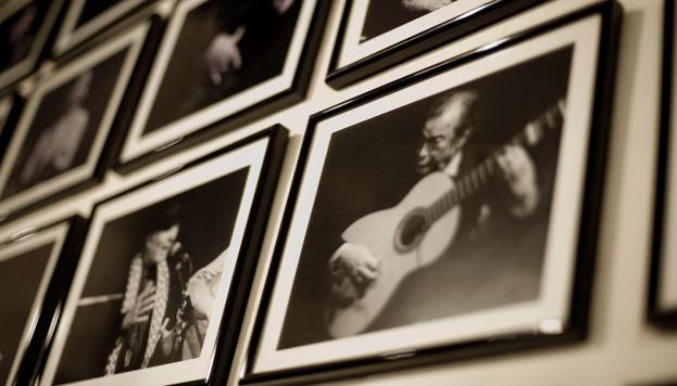 Desde Camarón de la Isla hasta Estrella Morente. Los más grandes del flamenco han pasado por Casa Patas.