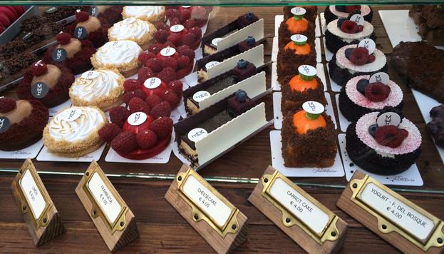 Y para terminar, nada mejor que la alta pastelería que siempre ofrece Mama Framboise.