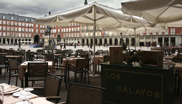 Los Galayos, todo un clásico, cuenta con una terraza en la mismísima Plaza Mayor.