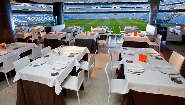 Solo para niños muy futboleros: el Real Café Bernabéu, con vistas al campo del Real Madrid.