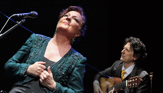 Carmen Linares y el guitarrista Cañizares actúan el día 20 de julio en Puente del Rey, dentro de los Veranos de la Villa.