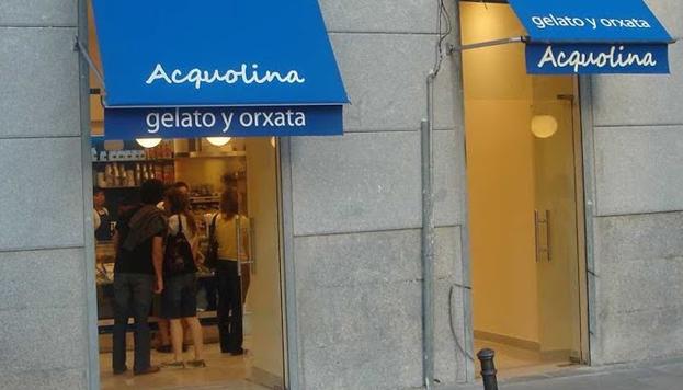 En el barrio de Malasaña Acqualina ofrece un dúo estival que no falla: horchata y helado.