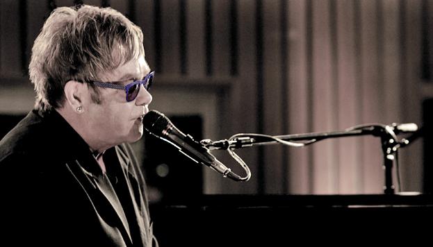 Elton John actúa el día 20 de julio en el Teatro Real en el marco del Universal Music Festival.