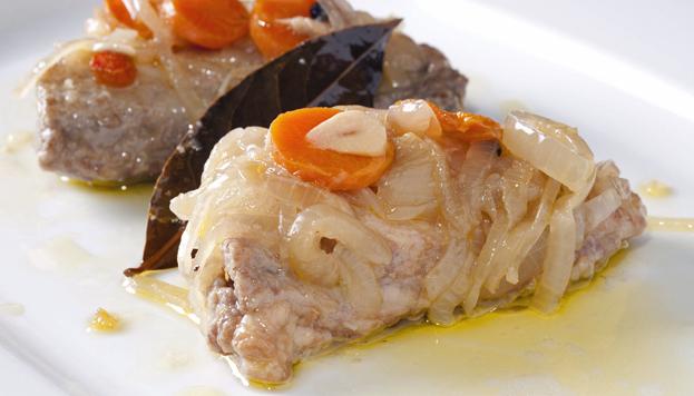 Este es el escabeche de ventresca de atún blanco que sirven en Ponzano. Una delicia.