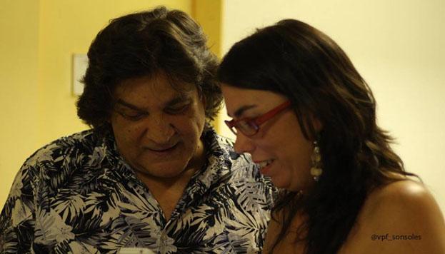 El cantaor Vicente Soto Sordera y nuestra anfitriona flamenca, María Larroca.