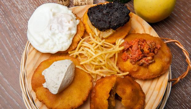 En El Escarpín tienen una deliciosa carta repleta de platos cien por cien asturianos.