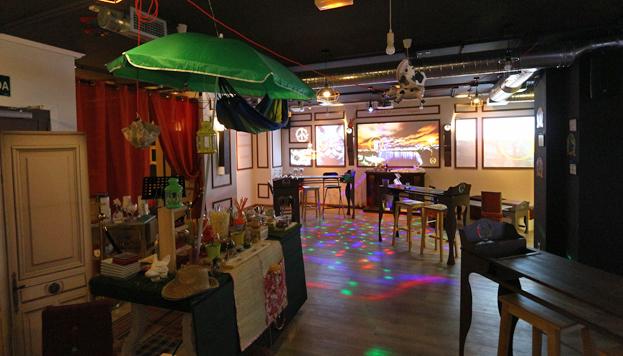 Khome Club, en la calle Monte Esquinza, es el lugar perfecto para los emprendedores de Madrid.