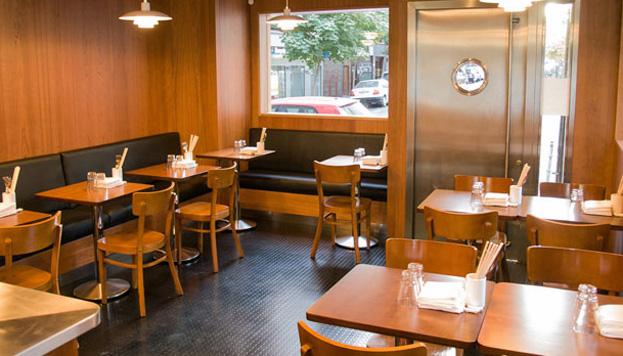 Chifa Comedor, en pleno barrio de Chamberí, solo tiene seis mesas así que es imprescindible reservar (©Rosa Veloso).