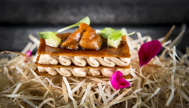 El pato Pekín es una de las debilidades del chef, que no deja de sorprender en la carta.
