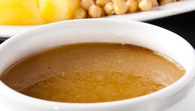 Los miércoles hay siempre una misma recomendación en el restaurante Ponzano: cocido madrileño en tres vuelcos.