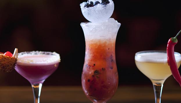 En Benares resulta imposible resistirse a su deliciosa y sofisticada carta de cócteles.