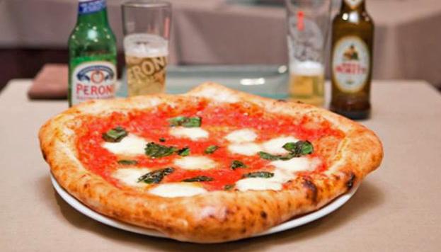 El restaurante Anema e Core, en pleno centro de Madrid, te transporta al mismo corazón de Nápoles.