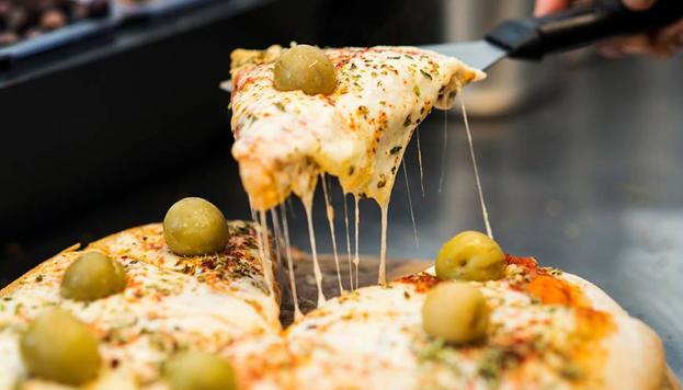 En Picsa apuestan por las pizzas de estilo argentino, con masa gruesa y muy esponjosa.
