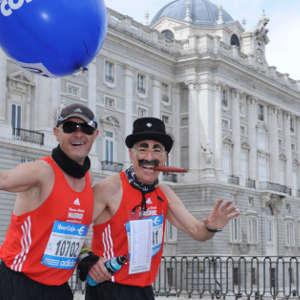 El Maratón de Madrid a su paso por el Palacio Real