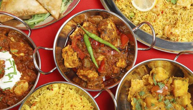 Sencillo y con cocina auténtica. Así es Fathe Pur, cuyo plato fuerte son los curries, con distintos niveles de picante.