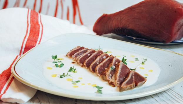 Este es el tataki de tarantelo macerado en soja que preparan en El Chiringuito del Sr. Martín.