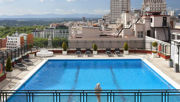 Piscineo madrile o bloggin 39 madrid blog de turismo de - Piscina hotel emperador ...