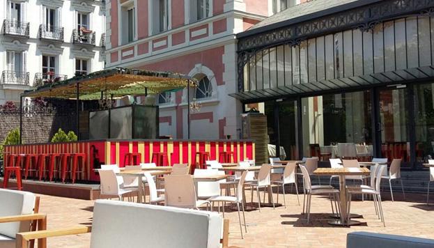 La Terraza Le Cabrera, en la Casa de América, tiene zona chill out para degustar cócteles al aire libre.