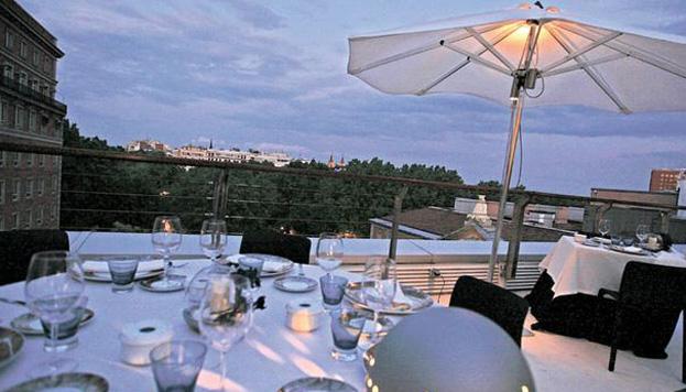 En el ático del Museo Thyssen-Bornemisza se abre El Mirador, con fabulosas vistas de Madrid.