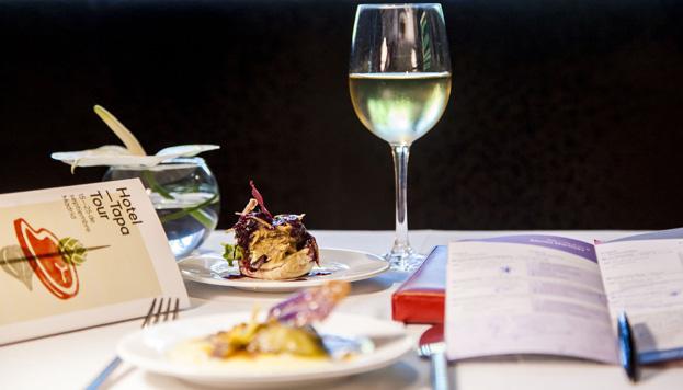 Del 15 al 25 de septiembre tiene lugar en Madrid la primera edición del Hotel Tapa Tour, en el que participan hoteles de 3 y 5 estrellas.