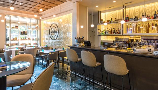 Picoteo y buen ambiente es lo que propone Tablafina, en el Hotel NH Madrid Nacional.