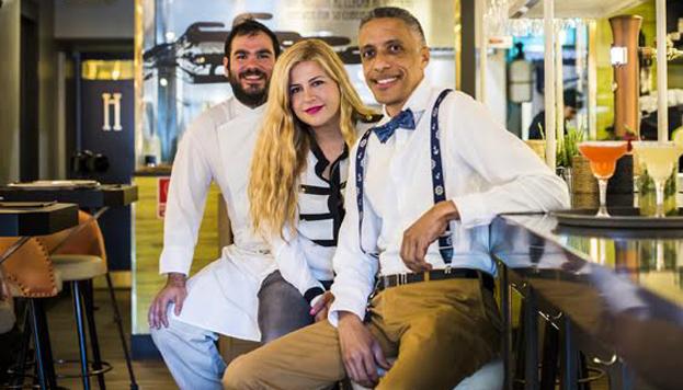 Este es el equipo al frente de Comala: Jaime Gómez-Ibarlucea, responsable de la cocina, Myriam Moreno, de la dirección y Henry Rodríguez en la sala.