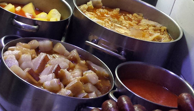 Otro de los templos del cocido en Madrid es Malacatín. Cada ingrediente tiene su propia historia.