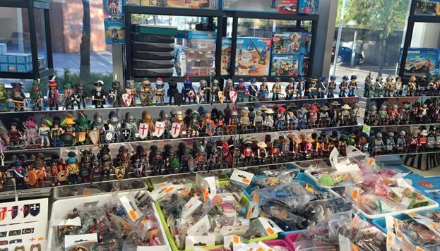 En el Mercado del Juguete hay siempre esperando ¡cientos de Playmobil! Perfecto para coleccionistas.